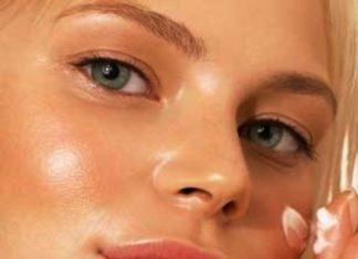 Почему жирная кожа лица?